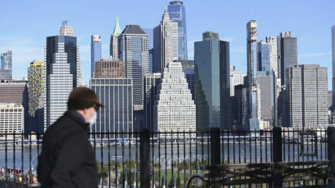Nueva York pagará u$s100 a quienes se vacunen contra el covid.
