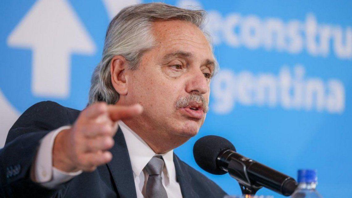Fernéndez apuntó a la oposición por la vacunas contra el coronavirus.