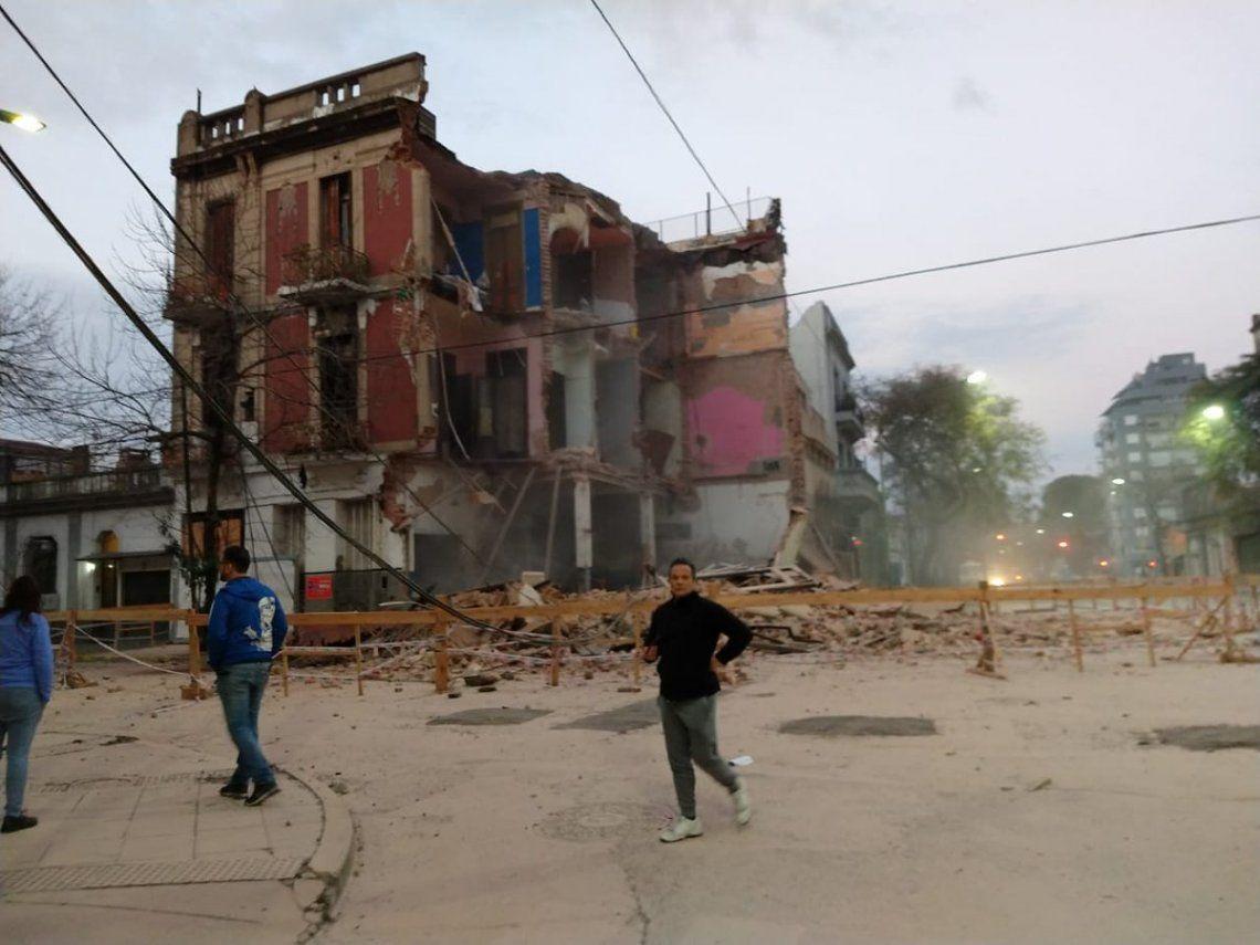 Un edificio en peligro de derrumbe se desplomó en Parque Patricios