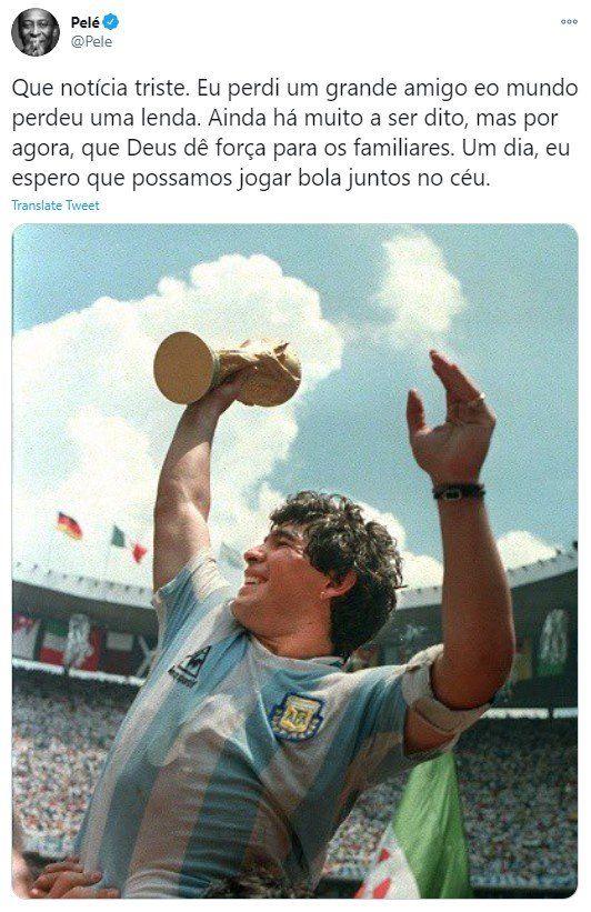 Pelé recordó a Maradona en su cuenta de twitter