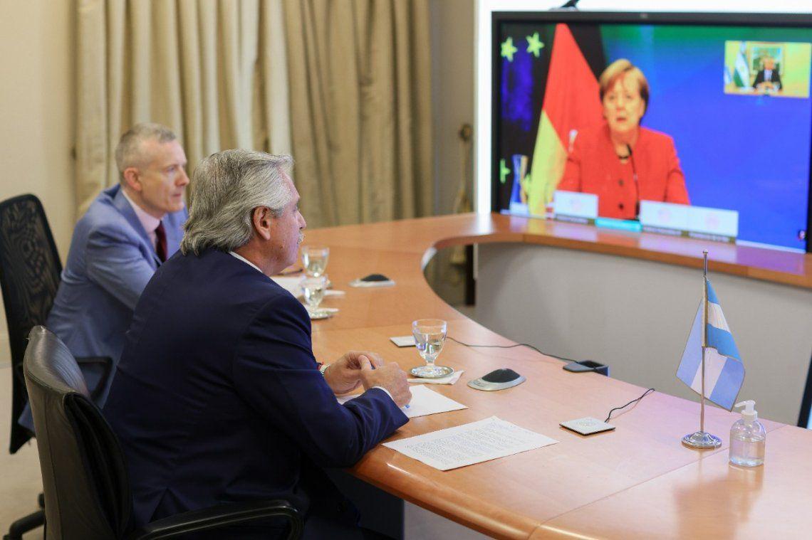 Videoconferencia entre Alberto Fernández con Angela Merkel