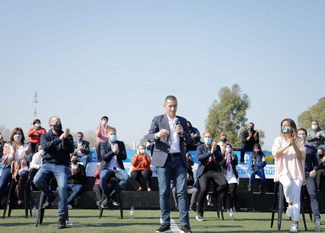 Omar Galdurralde presentó la Lista 2 del Frente de Todos de Lanús