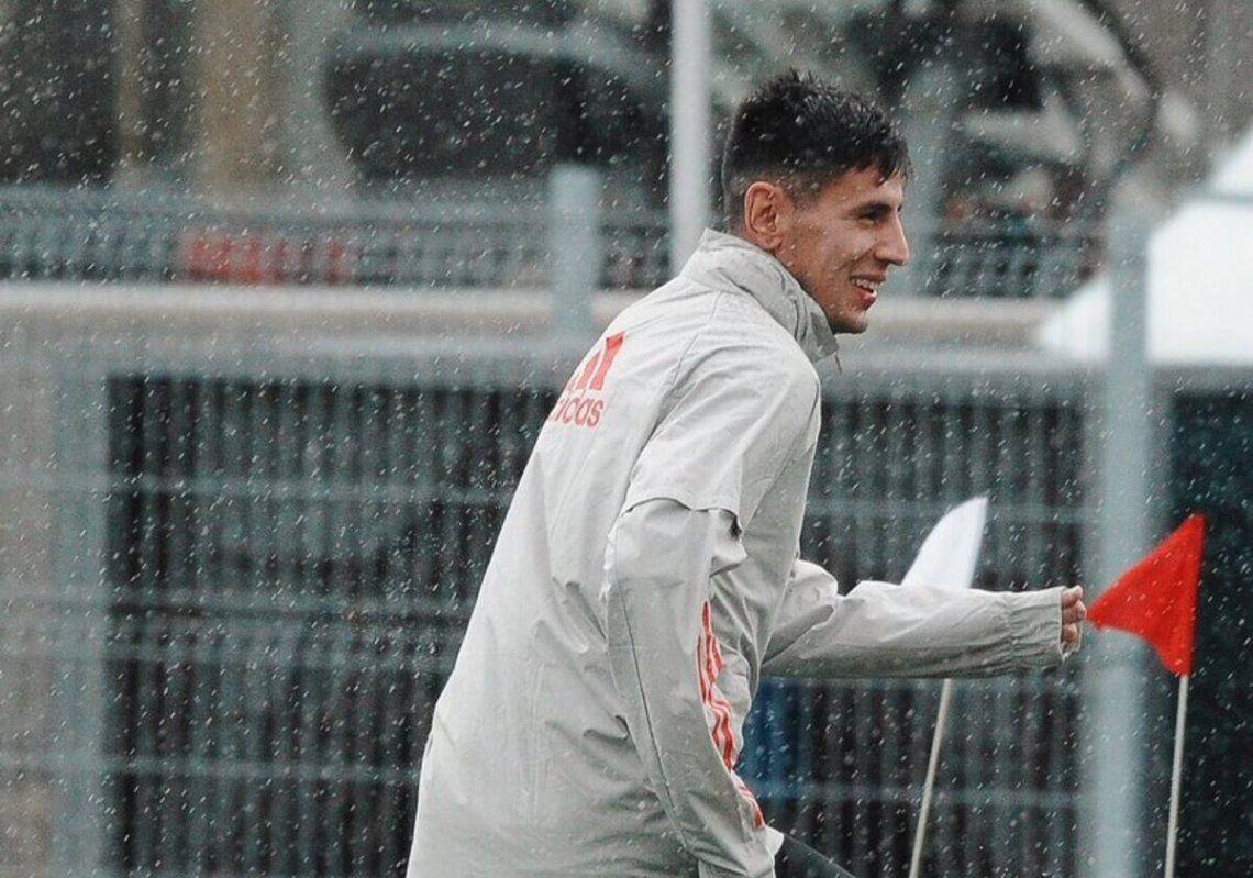 Fabrizio Angileri formó parte de los trabajos en Ezeiza.