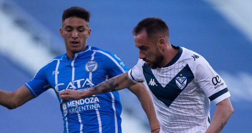 Vélez se hizo fuerte en su casa y liquidó a Godoy Cruz.