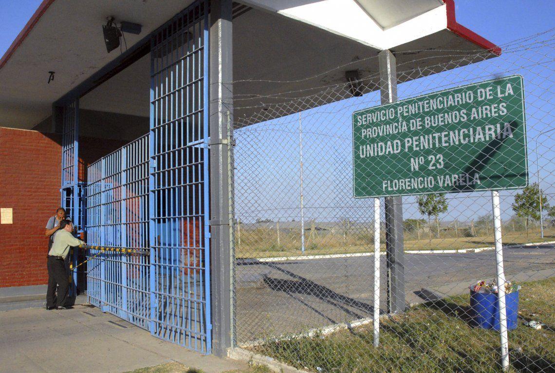 Exterior del Penal N° 23 de Florencio Varela