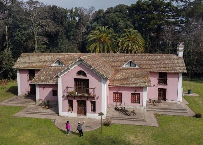 El Bosque Encantado y el Museo de las Estancias