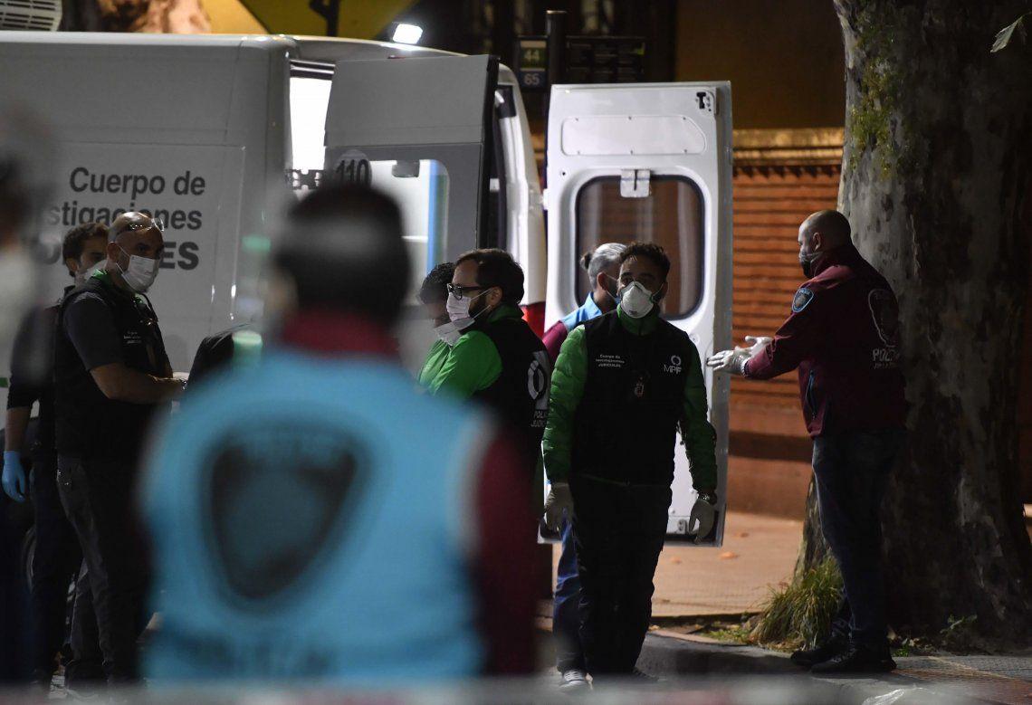 El geriátrico de Belgrano fue allanado. Allí se contagiaron 19 adultos mayores.