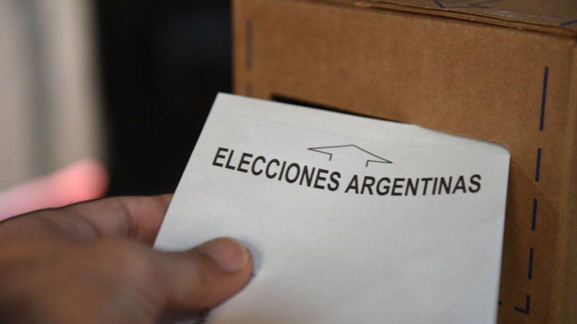 Desde la CNE informaron que al menos un 25% de los electores cambiaron su lugar de votación.