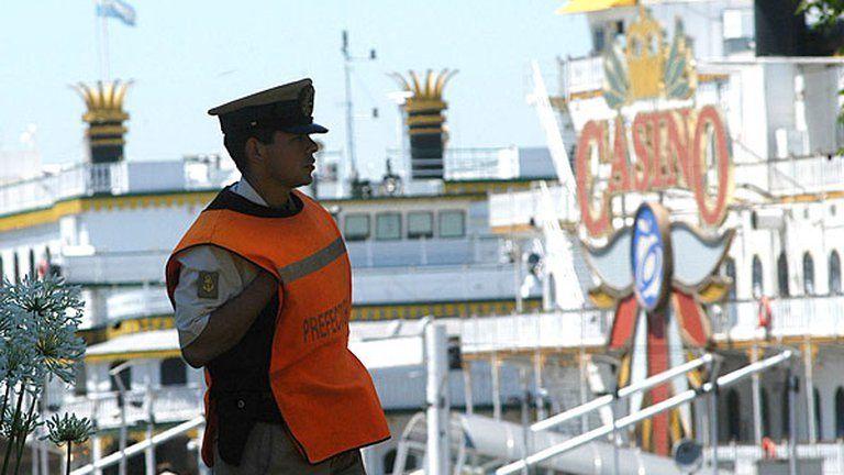 Puerto Madero: la Prefectura participó del rescate.