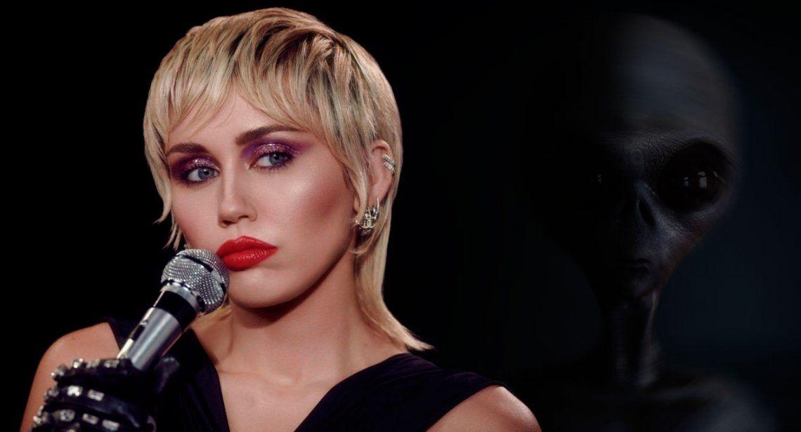 Miley Cyrus, desnuda en un ataúd y vestida de diabla