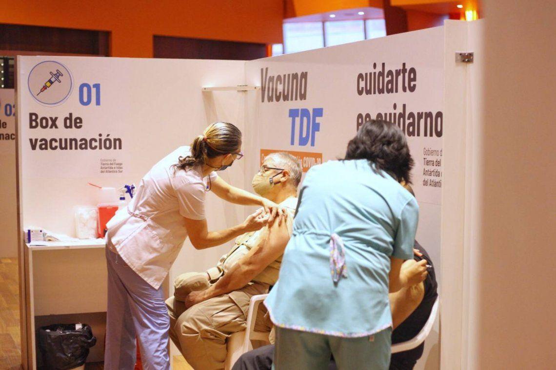 Coronavirus en Argentina: la mitad de la población tiene las dos dosis de la vacuna