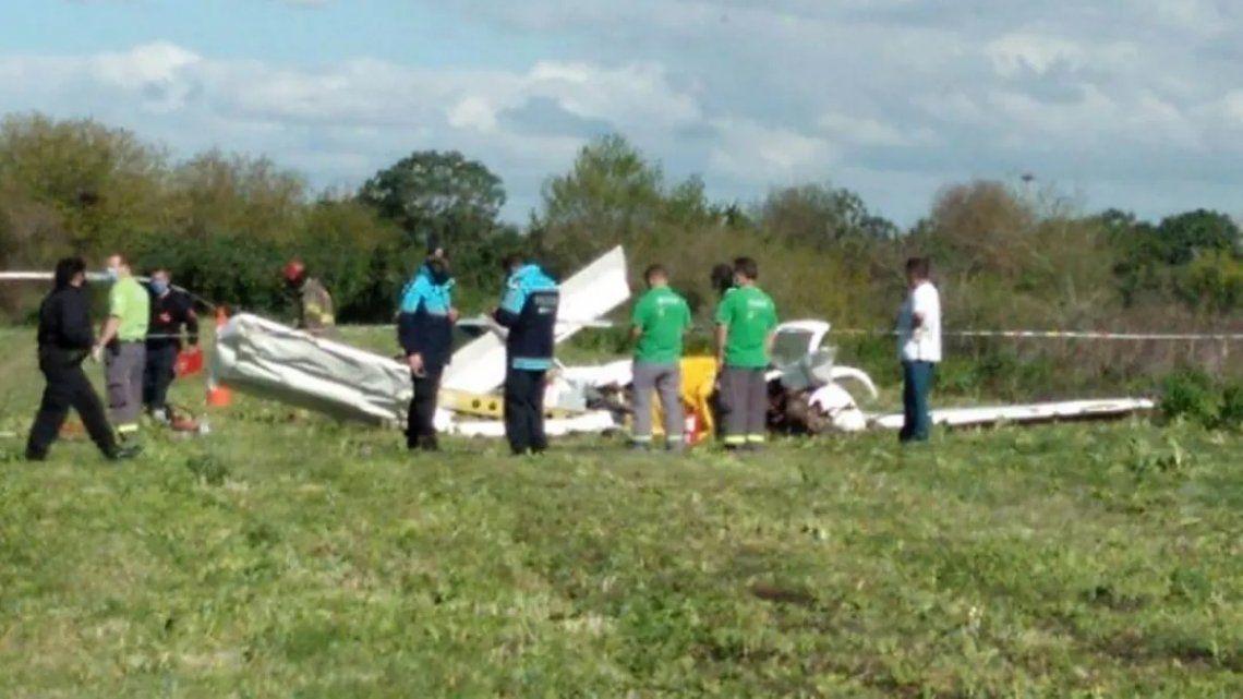 Una avioneta cayó en Berazategui: dos muertos por el accidente.