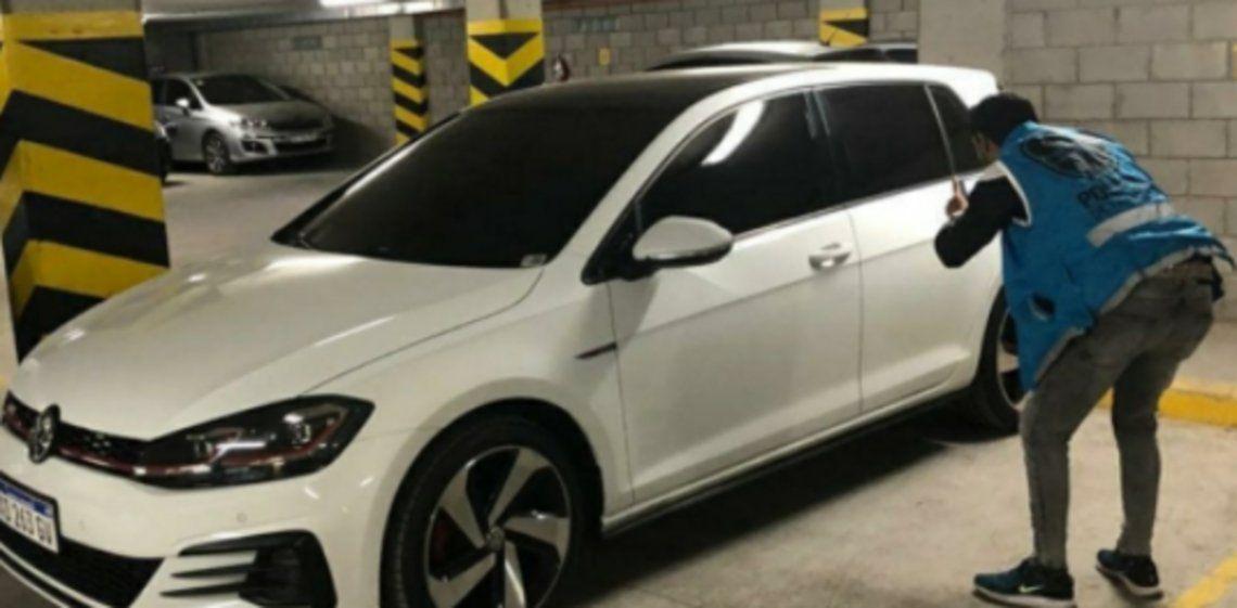 Inseguridad vial: localizaron el auto con el que se atropelló a Débora Agosti y su hijo Isaac