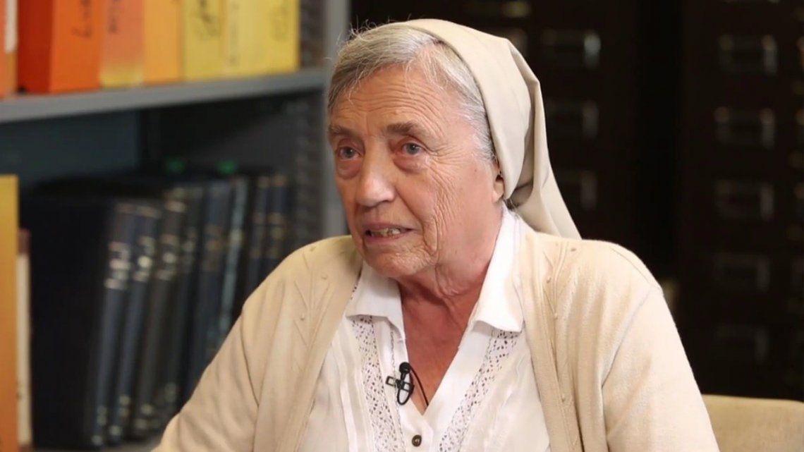Martha Pelloni.