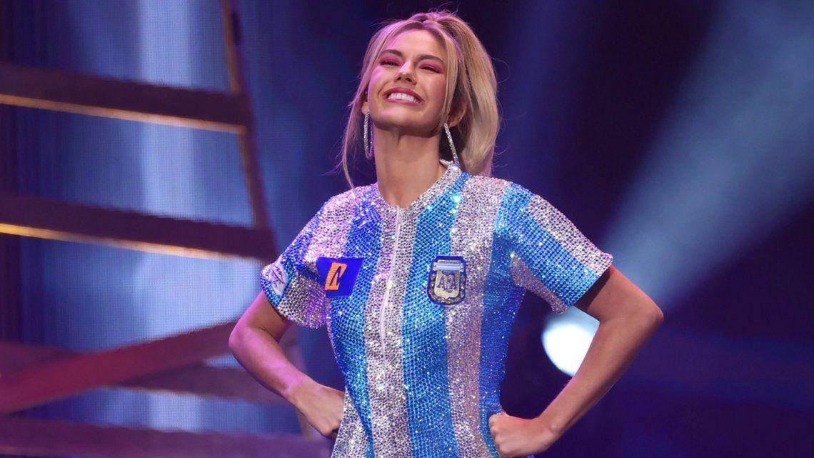 La argentina que compite para Miss Universo arrasó en redes con su traje típico