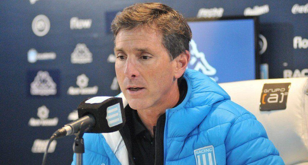 Claudio Úbeda planea cambios en Racing