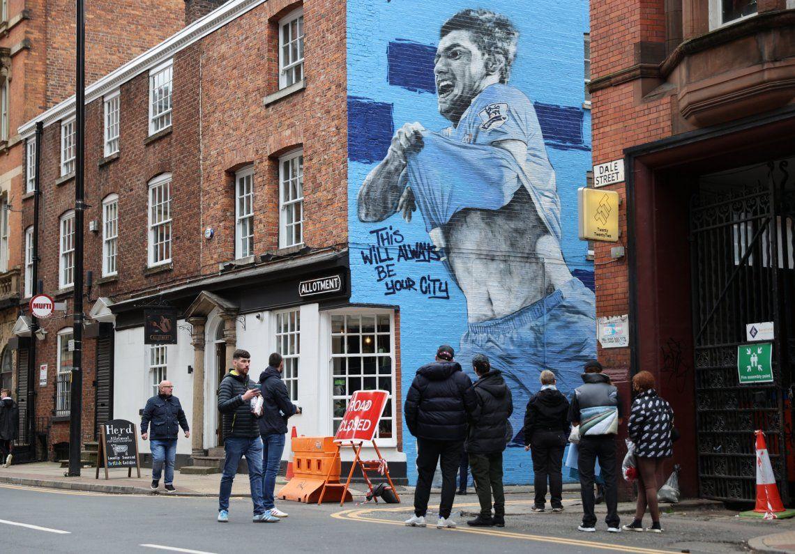 El mural del Kun Agüero en Manchester