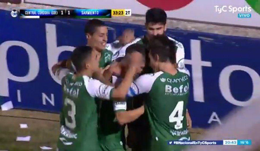 Sarmiento quedó mejor parado que Central Córdoba en el duelo por subir a Primera División