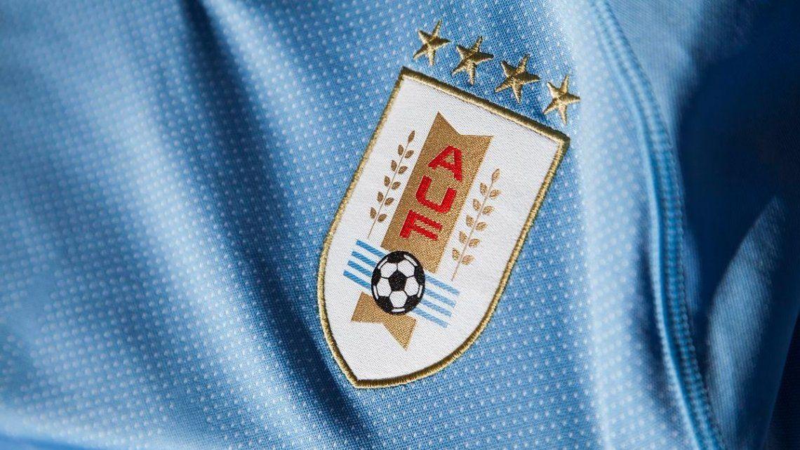 Las cuatro estrellas sobre el escudo del fútbol uruguayo están siendo objetadas: los JJ.OO de 1924 y 1928