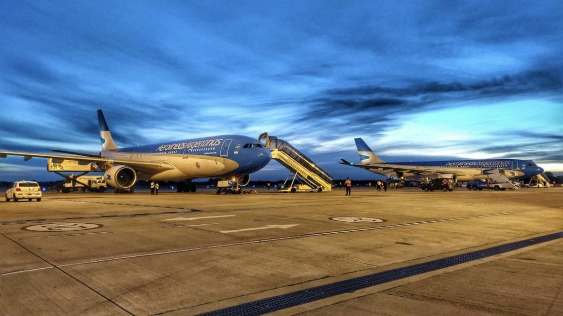 Los dos Airbus 330 partieron a Moscú el viernes a la noche con dos horas de diferencia.